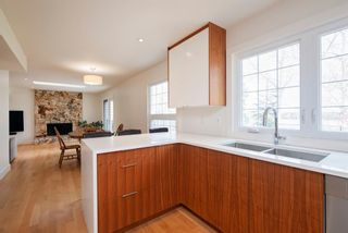 Photo 9: 128 Midridge Close SE in Calgary: Midnapore Detached for sale : MLS®# A1106409