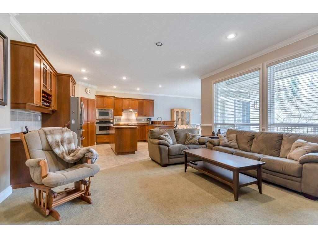 "Photo 16: Photos: 11617 CREEKSIDE Street in Maple Ridge: Cottonwood MR House for sale in ""Cottonwood"" : MLS®# R2554913"