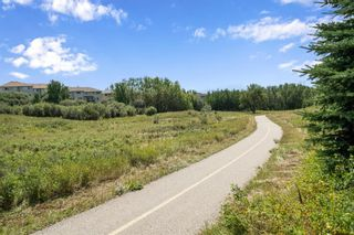 Photo 4: 138 Rockyspring Circle NW in Calgary: Rocky Ridge Detached for sale : MLS®# A1141489