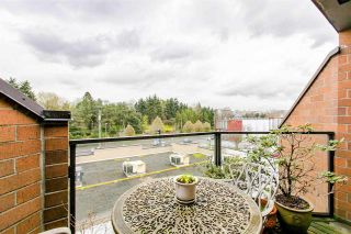 """Photo 2: 109 811 W 7TH Avenue in Vancouver: Fairview VW Townhouse for sale in """"WILLOW MEWS"""" (Vancouver West)  : MLS®# R2050721"""