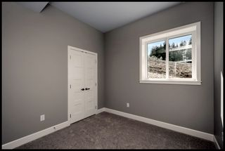 Photo 8: 10 2990 Northeast 20 Street in Salmon Arm: THE UPLANDS House for sale (NE Salmon Arm)  : MLS®# 10182219