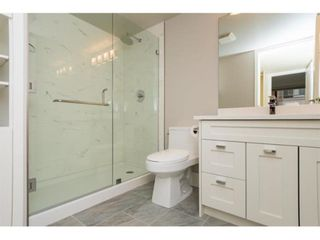 """Photo 20: 104 15111 RUSSELL Avenue: White Rock Condo for sale in """"Pacific Terrace"""" (South Surrey White Rock)  : MLS®# R2594062"""