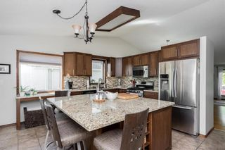 Photo 5: 84 Copperstone Crescent in Winnipeg: Southland Park Residential for sale (2K)  : MLS®# 202023862