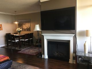"""Photo 5: 700 9300 UNIVERSITY Crescent in Burnaby: Simon Fraser Univer. Condo for sale in """"ONE UNIVERSITY"""" (Burnaby North)  : MLS®# R2479456"""