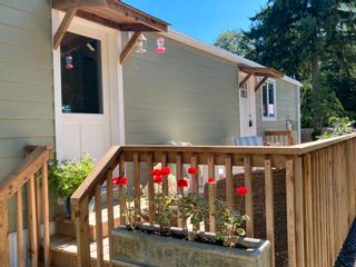 """Photo 21: 177 1413 SUNSHINE COAST Highway in Gibsons: Gibsons & Area Manufactured Home for sale in """"THE POPLARS"""" (Sunshine Coast)  : MLS®# R2604177"""