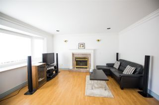 Photo 2: 7613 IMPERIAL Street in Burnaby: Buckingham Heights House for sale (Burnaby South)  : MLS®# R2588722