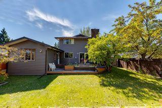 Photo 5: 200 Brookgreen Drive SW in Calgary: Braeside Detached for sale : MLS®# A1143058