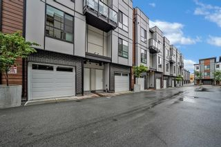 """Photo 3: 8 19790 55A Avenue in Langley: Langley City Townhouse for sale in """"TERRACE 2"""" : MLS®# R2603419"""