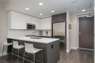 """Photo 1: 3305 2008 ROSSER Avenue in Burnaby: Brentwood Park Condo for sale in """"Solo District"""" (Burnaby North)  : MLS®# R2420827"""
