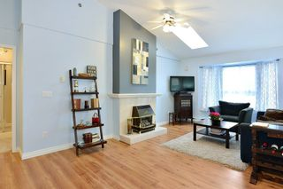Photo 2: 401 19721 64 AVENUE in Langley: Willoughby Heights Condo for sale : MLS®# R2247351