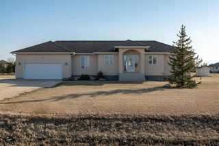 Photo 1: 4 Highland Drive in St Andrews: R13 Residential for sale : MLS®# 202109241