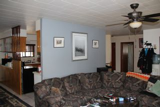 Photo 7: 524 HEMLOCK Avenue in Hope: Hope Center House for sale : MLS®# R2351400