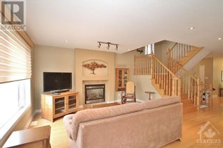 Photo 12: 52 OLDE TOWNE AVENUE in Russell: House for sale : MLS®# 1264483