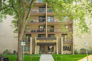 Photo 2: 704 430 5th Avenue North in Saskatoon: City Park Residential for sale : MLS®# SK864420