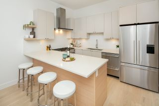 Photo 6: 1533 E 5TH Avenue in Vancouver: Grandview Woodland 1/2 Duplex for sale (Vancouver East)  : MLS®# R2439511