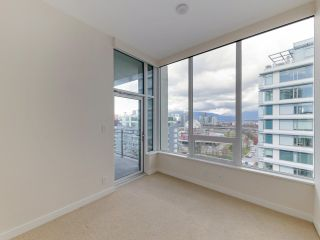 """Photo 16: 1806 111 E 1ST Avenue in Vancouver: Mount Pleasant VE Condo for sale in """"BLOCK 100"""" (Vancouver East)  : MLS®# R2614472"""