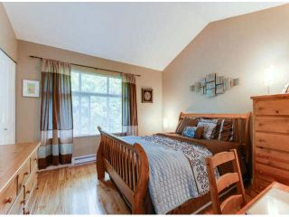 """Photo 15: 150 15168 36TH Avenue in Surrey: Morgan Creek Townhouse for sale in """"SOLAY"""" (South Surrey White Rock)  : MLS®# F1423214"""