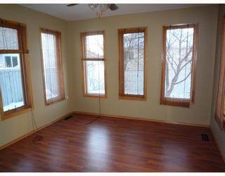 Photo 3: 26 SAPHIRE Place in WINNIPEG: West Kildonan / Garden City Residential for sale (North West Winnipeg)  : MLS®# 2903778