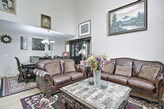 Photo 5: 6405 SANDIN Crescent in Edmonton: Zone 14 House for sale : MLS®# E4245872