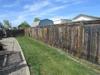 Photo 12: 10479 99 Street: Taylor Manufactured Home for sale (Fort St. John (Zone 60))  : MLS®# R2272115