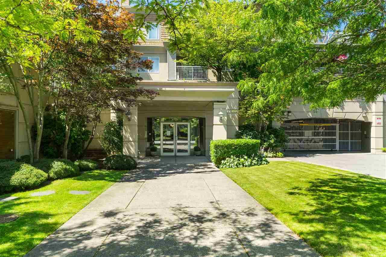 Main Photo: 301 6359 198 STREET in : Willoughby Heights Condo for sale : MLS®# R2482265