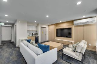 """Photo 17: 504 3188 RIVERWALK Avenue in Vancouver: South Marine Condo for sale in """"CURRENTS AT WATER'S EDGE"""" (Vancouver East)  : MLS®# R2614610"""