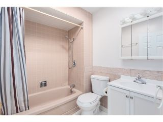 Photo 14: 1840 Mathers Av in West Vancouver: Ambleside House for sale : MLS®# V1114838