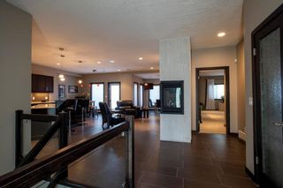 Photo 2: 27 Autumnview Drive in Winnipeg: South Pointe Residential for sale (1R)  : MLS®# 202012639