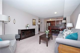 Photo 13: 812 340 W Watson Street in Whitby: Port Whitby Condo for sale : MLS®# E3365946