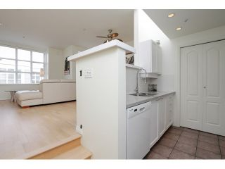 """Photo 12: 203 657 W 7TH Avenue in Vancouver: Fairview VW Townhouse for sale in """"THE IVY'S"""" (Vancouver West)  : MLS®# V1059646"""