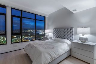 """Photo 18: 3801 1211 MELVILLE Street in Vancouver: Coal Harbour Condo for sale in """"The Ritz"""" (Vancouver West)  : MLS®# R2487231"""