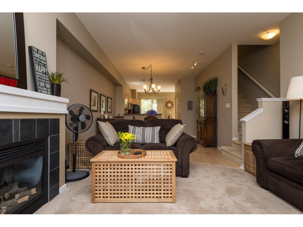 """Photo 4: Photos: 119 15152 62A Avenue in Surrey: Sullivan Station Townhouse for sale in """"UPLANDS"""" : MLS®# R2095709"""