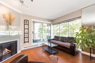 """Photo 2: 110 910 W 8TH Avenue in Vancouver: Fairview VW Condo for sale in """"RHAPSODY"""" (Vancouver West)  : MLS®# R2004570"""