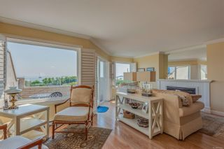 Photo 4: 2320 Esplanade in : OB Estevan Condo for sale (Oak Bay)  : MLS®# 855361