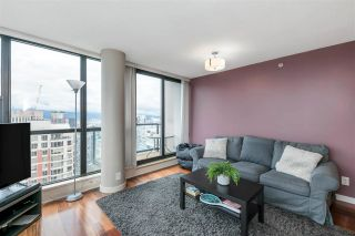 """Photo 3: 3407 909 MAINLAND Street in Vancouver: Yaletown Condo for sale in """"Yaletown Park II"""" (Vancouver West)  : MLS®# R2593394"""