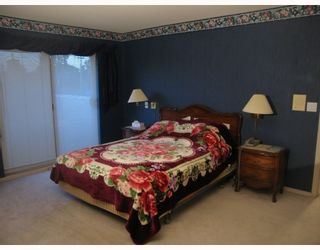 """Photo 7: 17 7711 WILLIAMS Road in Richmond: Broadmoor Townhouse for sale in """"THE GATES"""" : MLS®# V747815"""