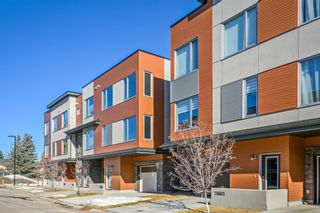Main Photo: 142 Shawnee Common SW in Calgary: Shawnee Slopes Row/Townhouse for sale : MLS®# A1082351