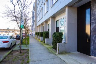 Photo 2: 211 626 ALEXANDER STREET in Vancouver: Strathcona Condo for sale (Vancouver East)  : MLS®# R2445755