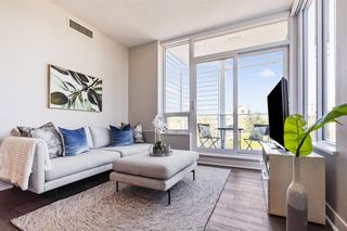 """Photo 5: W305 677 W 41ST Avenue in Vancouver: Oakridge VW Condo for sale in """"41 West"""" (Vancouver West)  : MLS®# R2605718"""