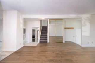 Photo 3: 452 Woodside Road SW in Calgary: Woodlands Detached for sale : MLS®# A1147030