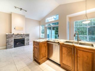 "Photo 6: 17 5221 OAKMOUNT Crescent in Burnaby: Oaklands Townhouse for sale in ""OAKLANDS"" (Burnaby South)  : MLS®# R2512646"