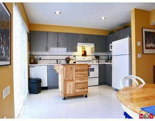 """Photo 2: 14 6450 199TH Street in Langley: Willoughby Heights Townhouse for sale in """"LOGANS LANDING"""" : MLS®# F2702203"""