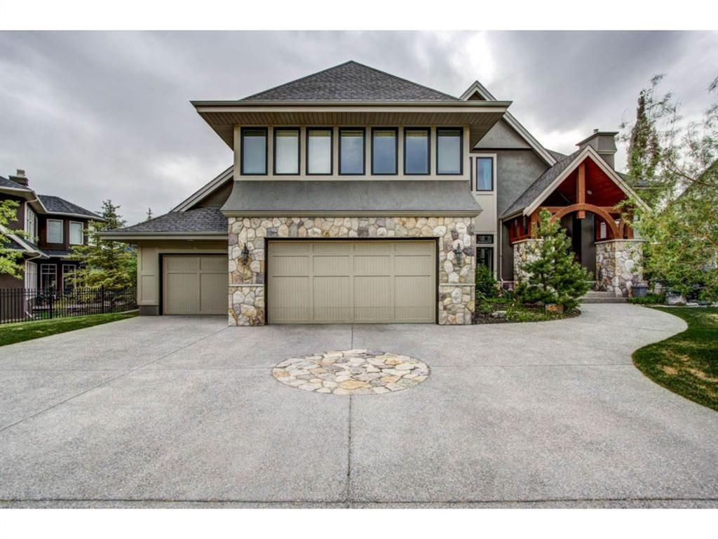 Main Photo: 108 Spring Valley Way SW in Calgary: Springbank Hill Detached for sale : MLS®# A1119462