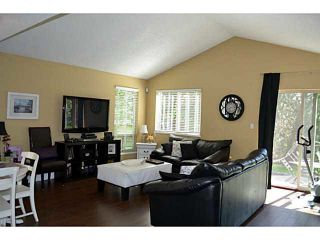 Photo 3: 1754 LILAC Drive in Surrey: King George Corridor Townhouse for sale (South Surrey White Rock)  : MLS®# F1439849