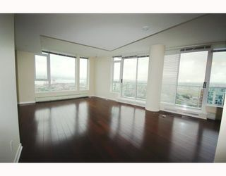 Photo 3: # 3903 188 KEEFER PL in Vancouver: Condo for sale : MLS®# V787022