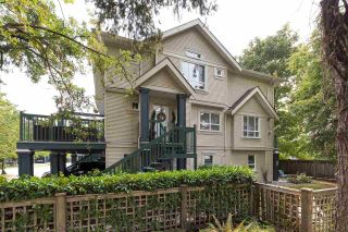 Photo 1: 27 4787 57 STREET in Delta: Delta Manor Townhouse for sale (Ladner)  : MLS®# R2295923