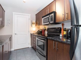 "Photo 4: 310 19320 65 Avenue in Surrey: Clayton Condo for sale in ""esprit"" (Cloverdale)  : MLS®# R2401302"