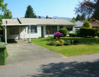 """Photo 1: 1128 MAPLEWOOD CR in North Vancouver: Norgate House for sale in """"NORGATE"""" : MLS®# V592832"""