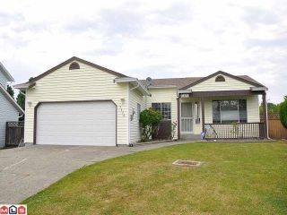 Photo 1: 7370 123RD ST in Surrey: West Newton House for sale : MLS®# F1400541