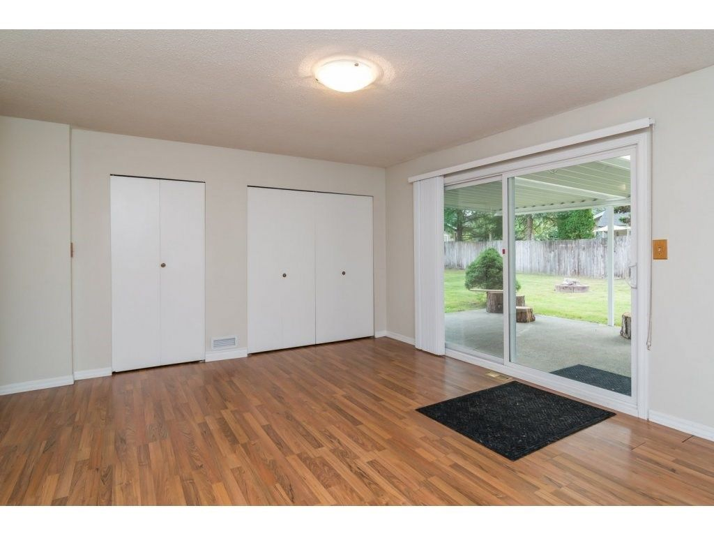 Photo 12: Photos: 9058 WRIGHT Street in Langley: Fort Langley House for sale : MLS®# R2104173